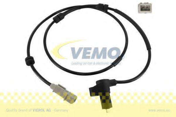 Датчик, частота вращения колеса VEMO V22-72-0083