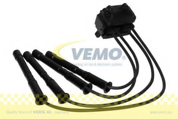 Катушка зажигания VEMO V46-70-0012